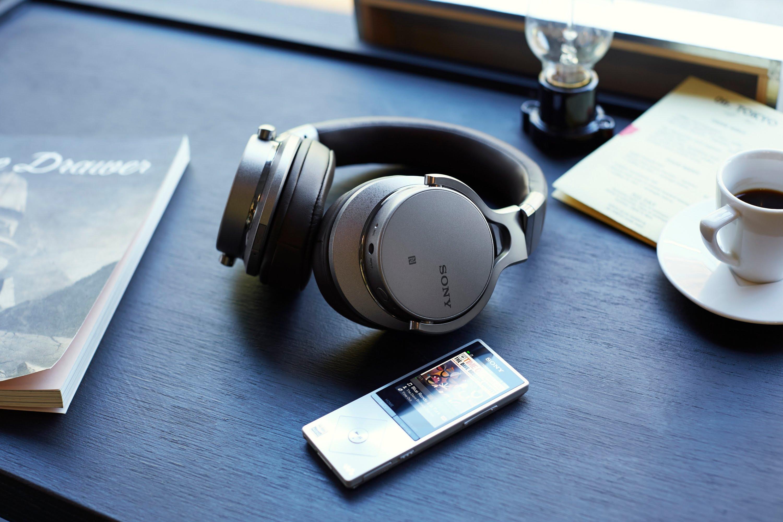 Sony MDR-1ABT Silvery